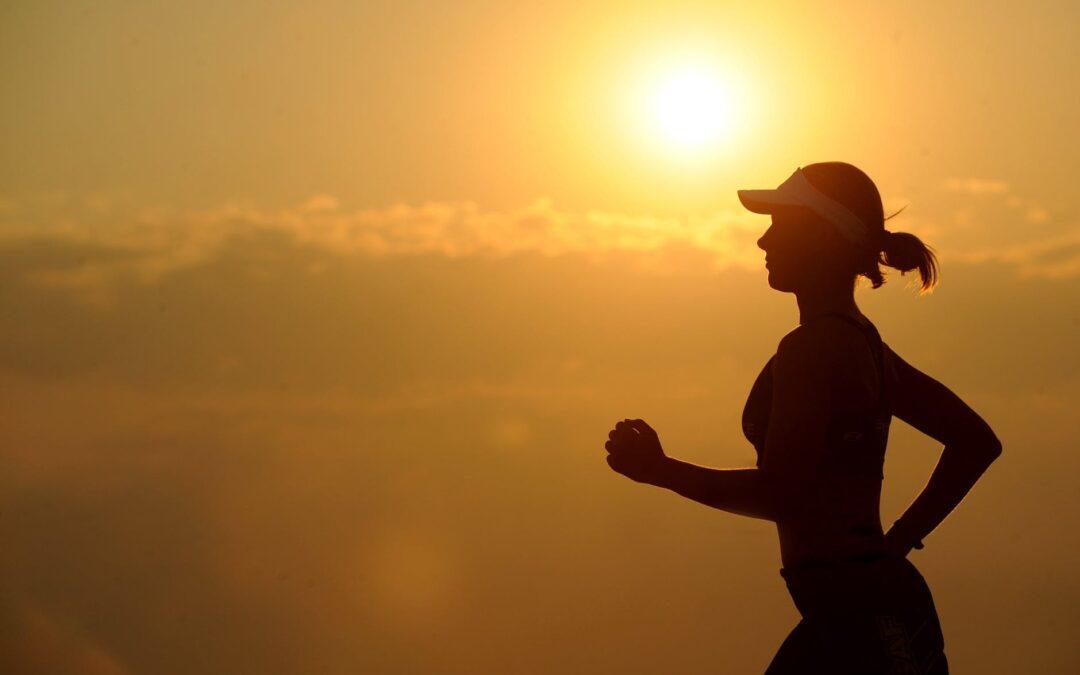 Løbende kvinde